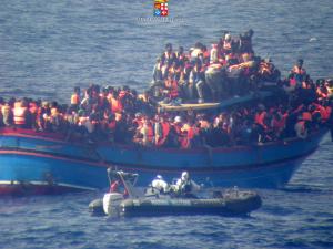 FRONTEXとイタリア国境警備隊とによるトリトン作戦