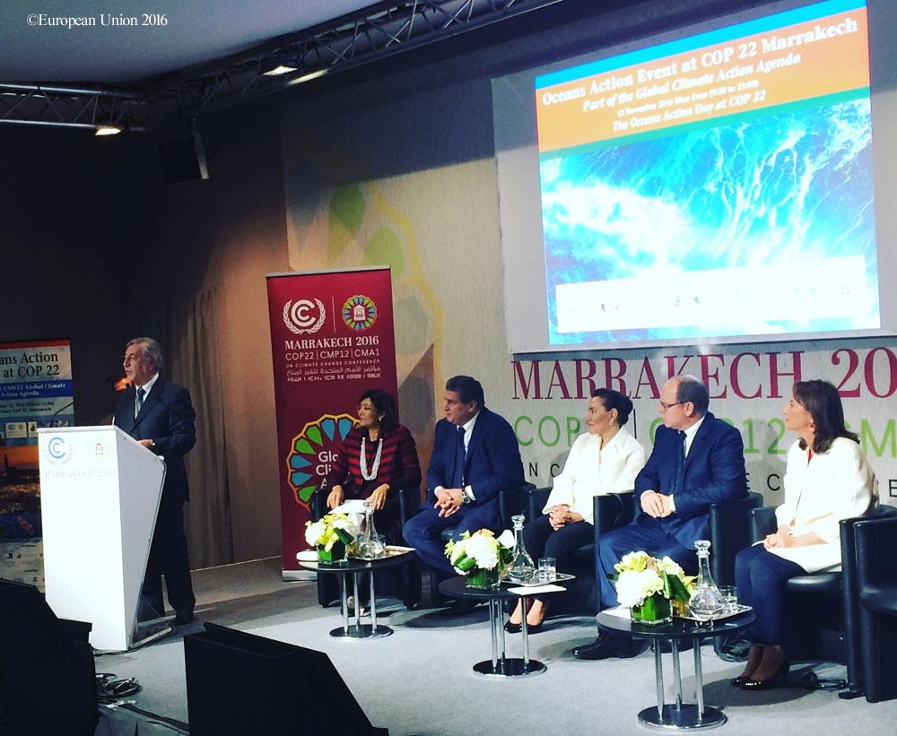 EUが海洋エネルギー開発に重点を置くことを表明する欧州委員会の環境・海事・漁業担当委員カルメニュ・ヴェッラ委員。COP22の海洋アクションデー(11月12日)にて。