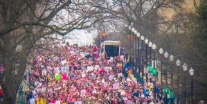 トランプのアメリカに漂うファシズムの不吉な予感と抵抗の足音
