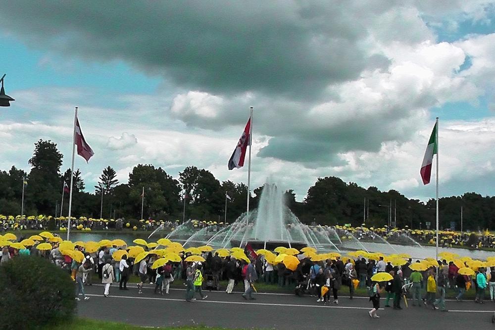 ドイツのアーヘン市合同脱原発デモ